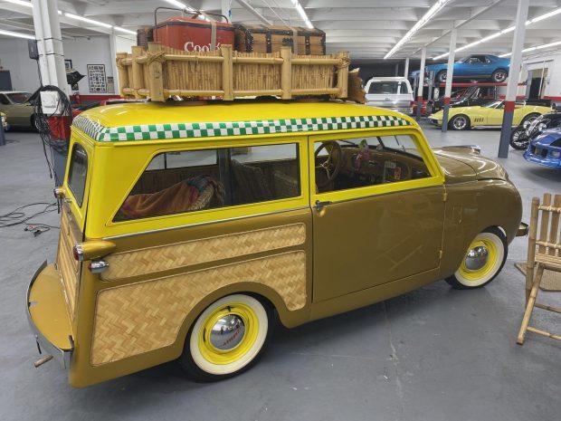 Crosley-CC-Four-is-een-gemodificeerde-stationwagen-aangedreven-door-een-44-ci-inline-44-gekoppeld-met-een-handmatige-versnellingsbak-met-drie-versnellingen-1948--(2)