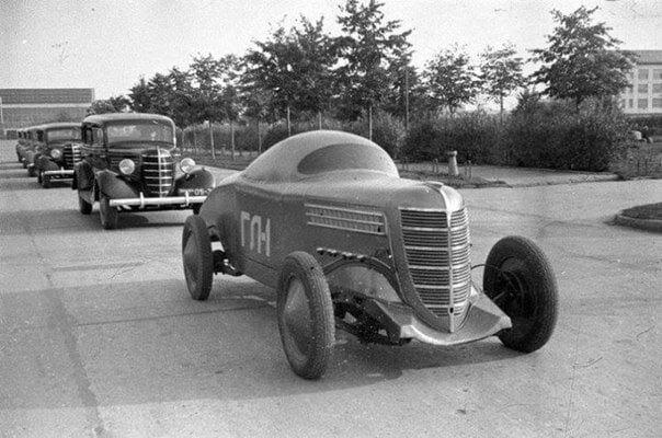 GAZ-GL-1-1938--de-eerste-Soviet-race-wagen-