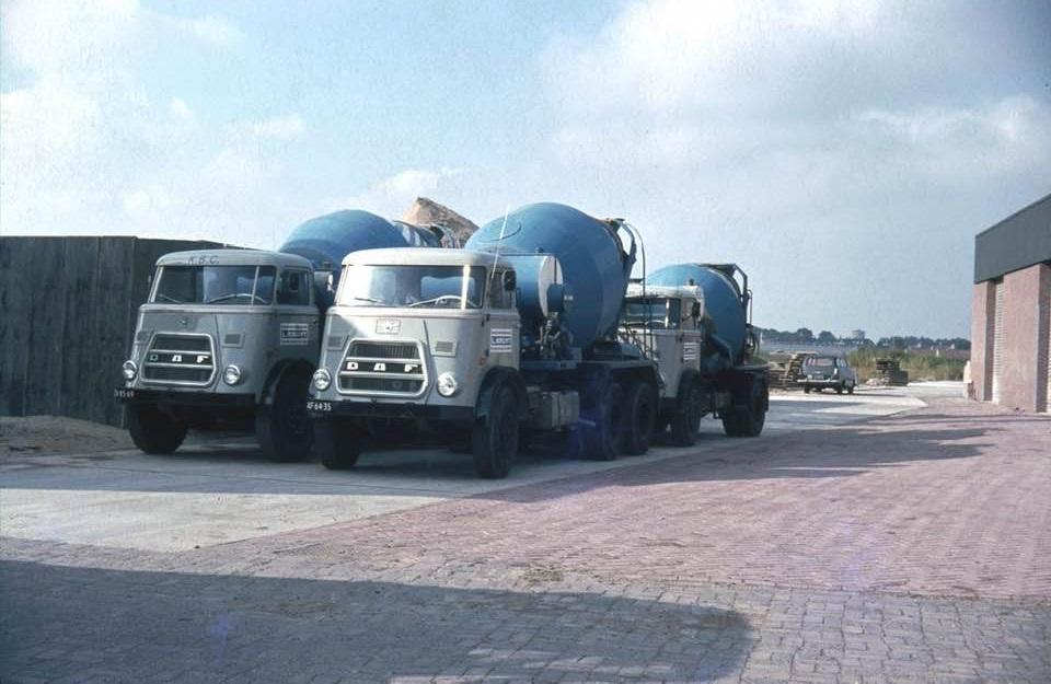Katwijkse-beton-centrale-1970-Huig-van-Duijn-foto--(1)
