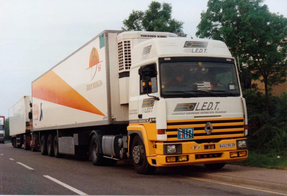 Renault-(3)