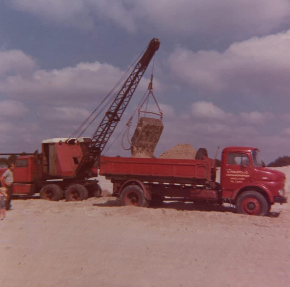 MB-1513-4X4-en-de-Pascal-dragline-op-de-Diamond