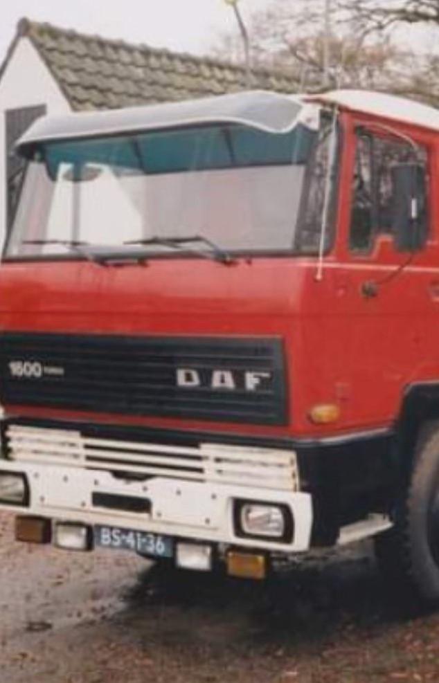 DAF-1600--Wagen-van-Gijs-de-Gooyer-Hij-zat-er-meer-dan-25-jaar-op--Elke-dag-een-paar-ritjes-in-de-Botlek