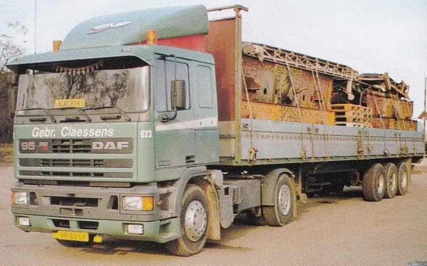Daf-623-geladen-in-DDR