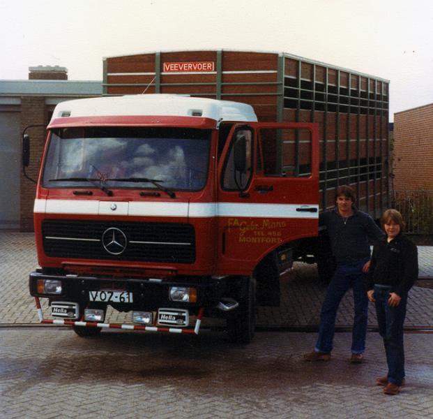 Mans-Gebr--Montfort-V-02-61-Mercedes-1624
