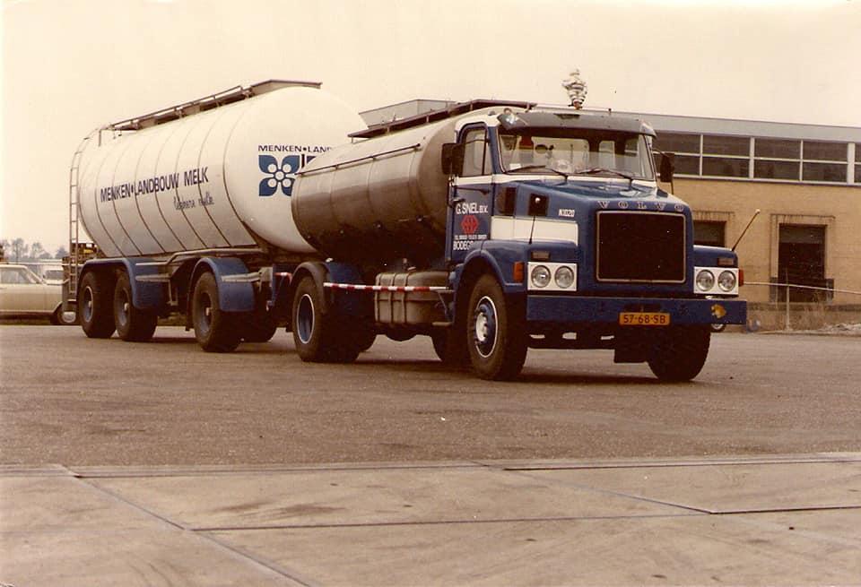 Volvo-N-1020-nu-met-grote-AHW--voor-10-000-ltr-AHW-28-000-Ltr-Bert-Maijenburg-foto-