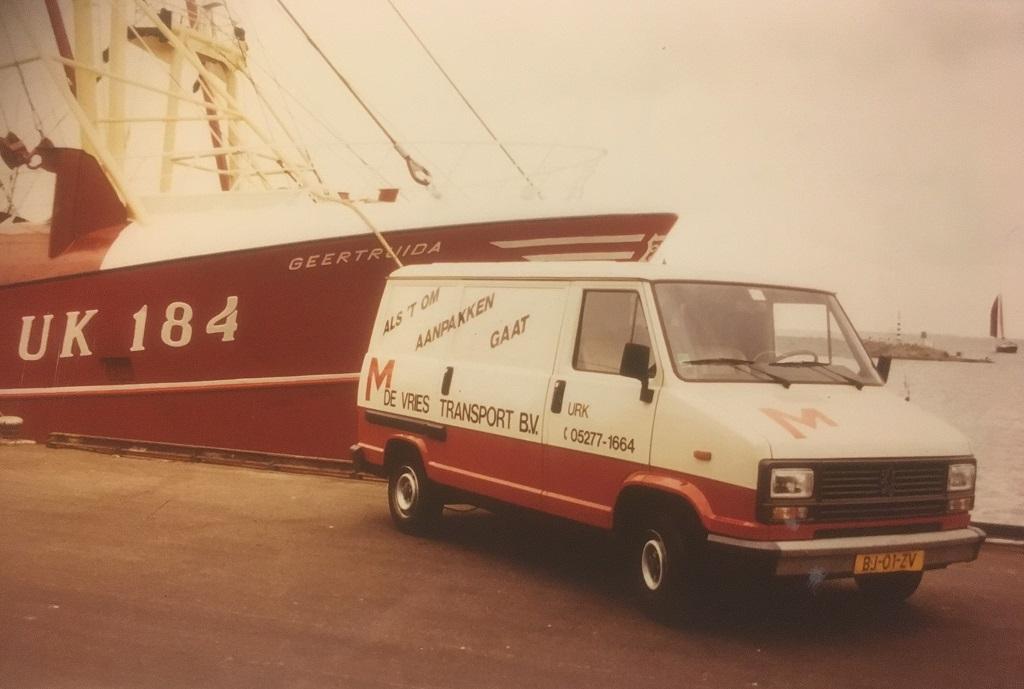 Peugeot-bode-dienst-wagen-en-vent-wagen