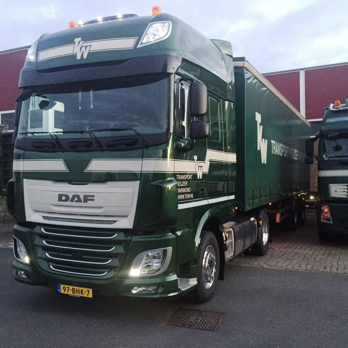 DAF-XF-440-FT-6X2--