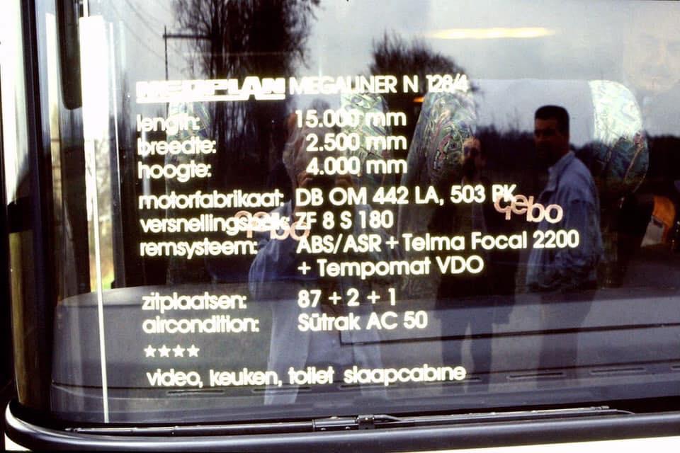 bus-400-eerste-15-mtr-wagen-in-Nederland-1993-Bouwjaar-1992--Type--Neoplan-N1284-Megaliner--Vinnummer-WAG401282PSP19750-(5)