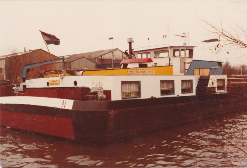Arna-1-binnen-vaart-schip-(1)