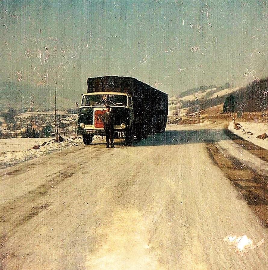 22-ton-eieren-naar-wenen-1966-met-nieuw-revisie-motor-heb-hem-zelf-onderweg-bijgesteld-maar-er-was-geen-loodje-meer-op-de-pomp-Willem-Rouw