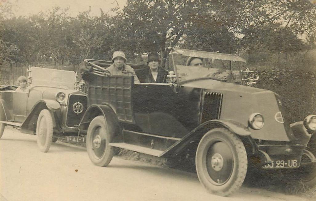 Renault-cabriolet-SARA-pick-up-truck