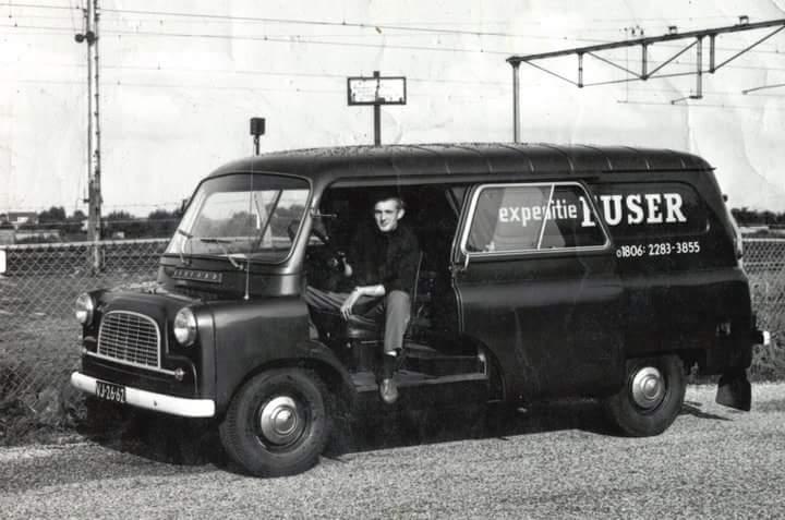 Bedford-service-wagen