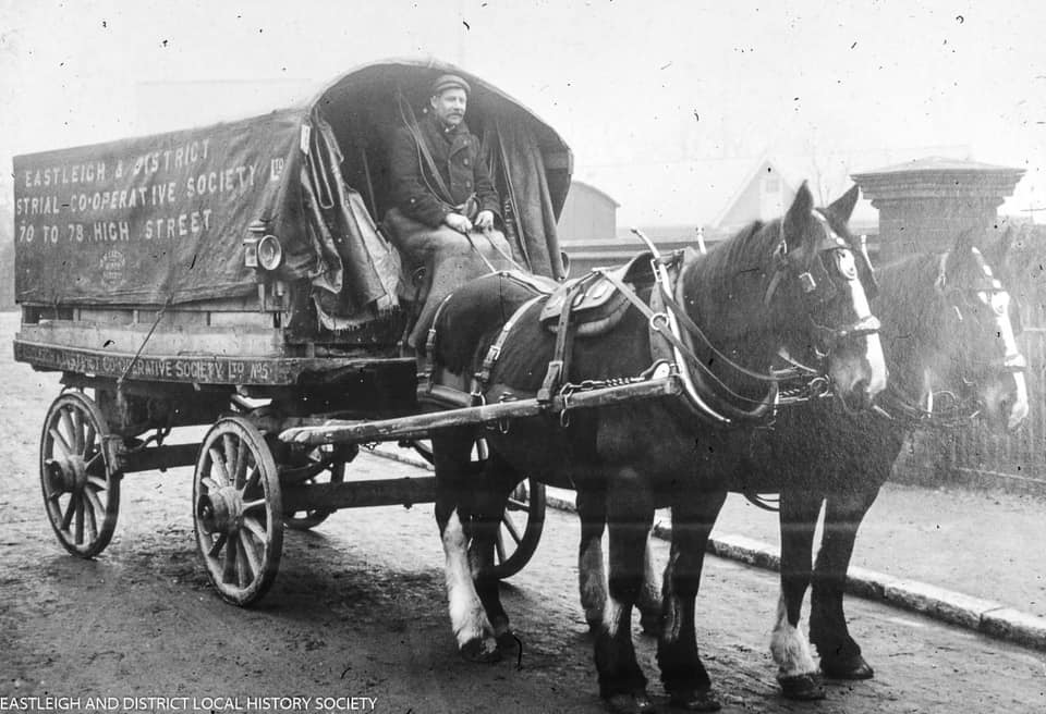 UK-Horse-transport-Richard-Anthony-Dickinsons-archive-(10)