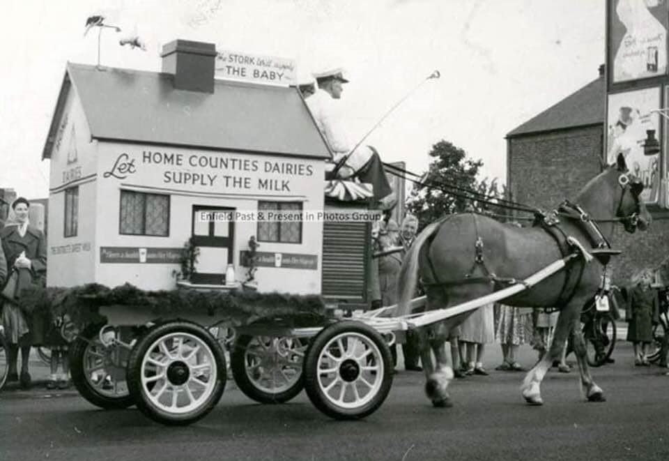 UK-Horse-transport-Richard-Anthony-Dickinsons-archive-(12)