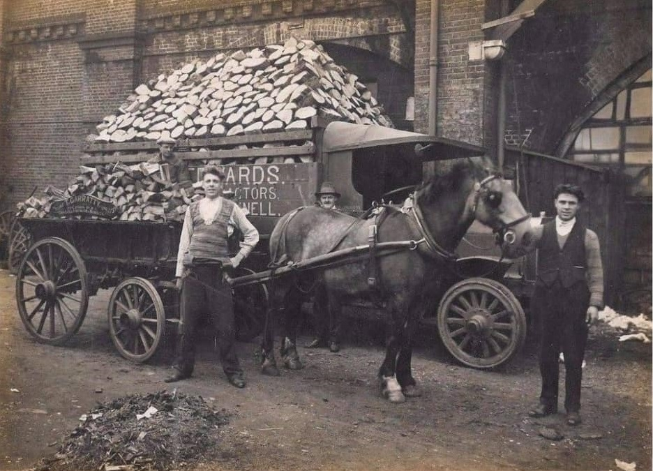 UK-Horse-transport-Richard-Anthony-Dickinsons-archive-(14)