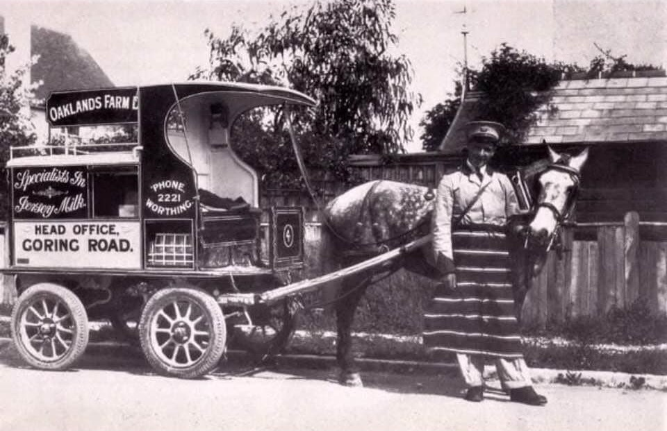 UK-Horse-transport-Richard-Anthony-Dickinsons-archive-(4)