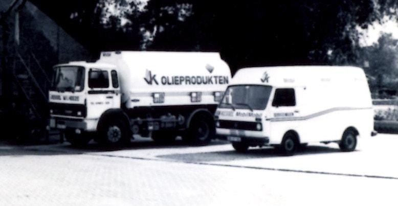 DAF-1500-1984-11-000-liter-LAG--VW-LT-bus--Marcel-Bouten-foto
