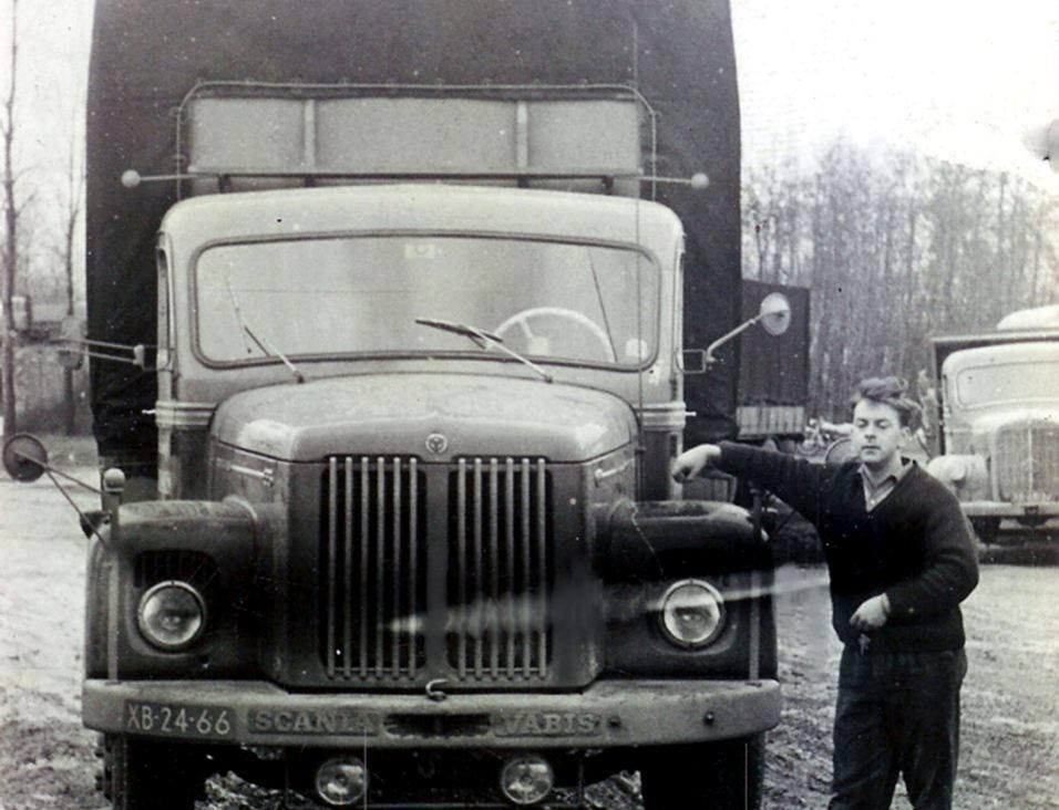 Scania--Frans-van-Brenk-jaren-60-iedere-weer-lijndienst-naar-Kopenhagen-via-Flensburg--(1)