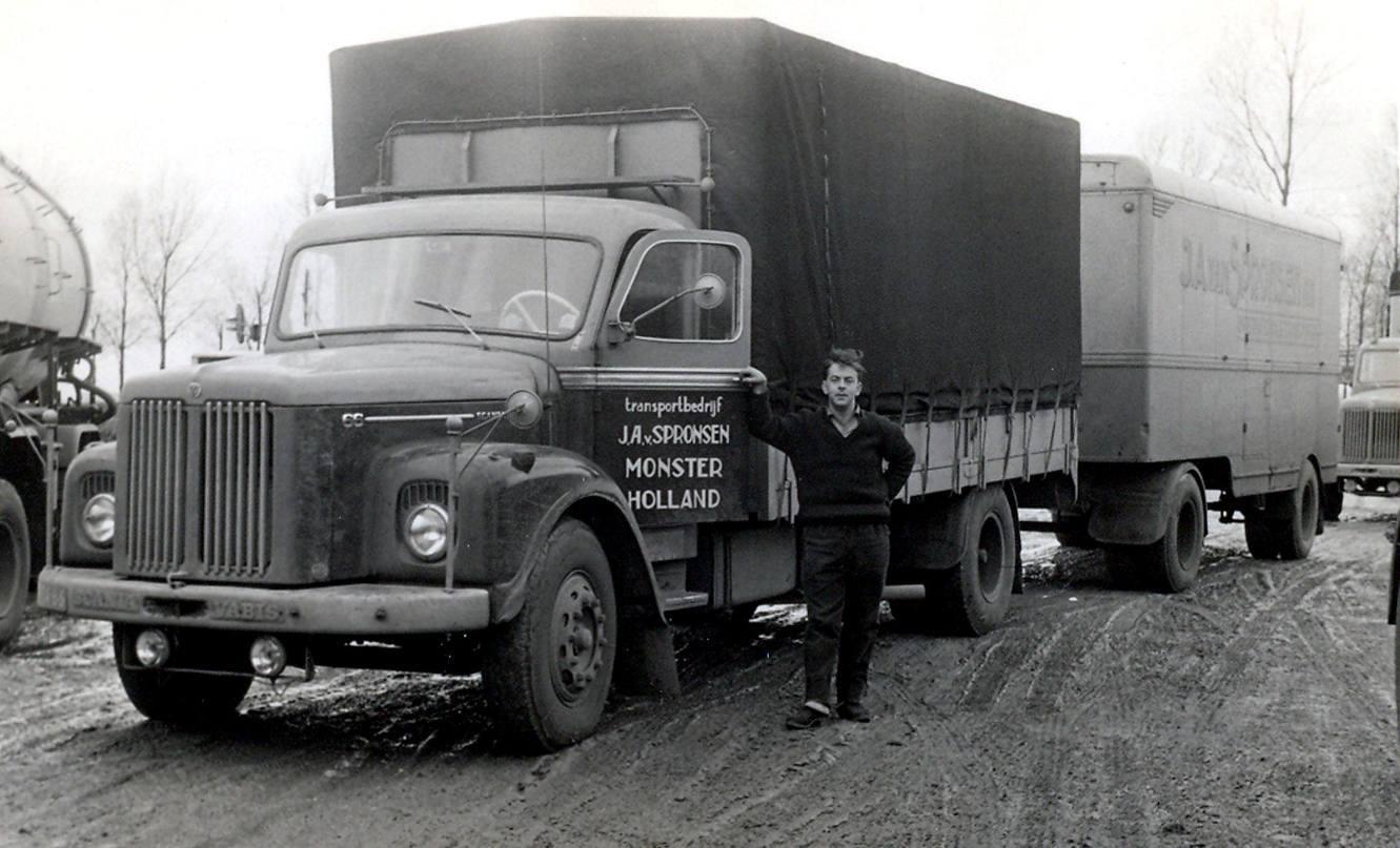 Scania--Frans-van-Brenk-jaren-60-iedere-weer-lijndienst-naar-Kopenhagen-via-Flensburg--(2)