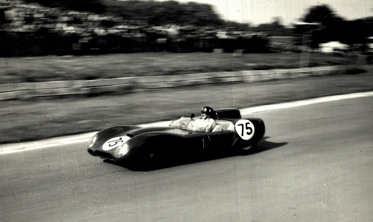Classic-Racing-car-(12)