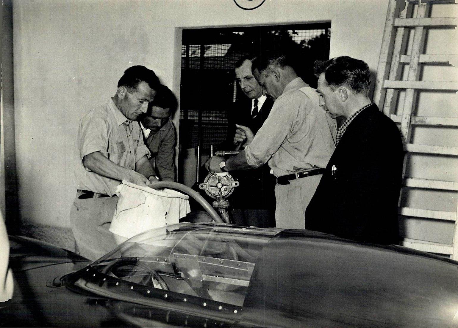 Classic-Racing-car-(13)