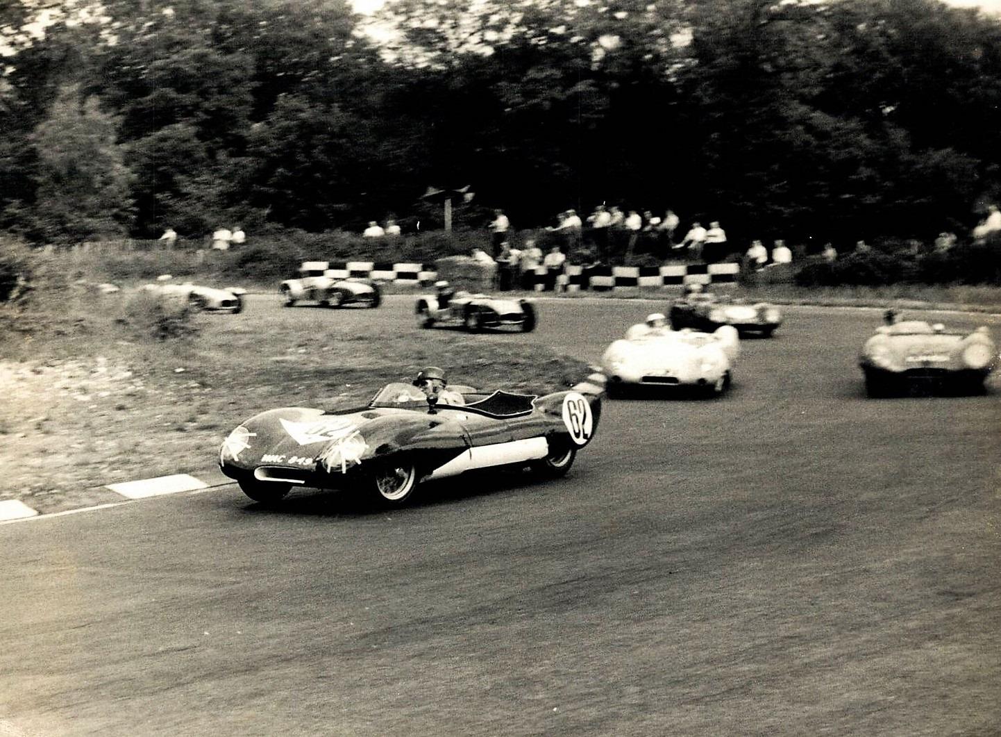 Classic-Racing-car-(17)