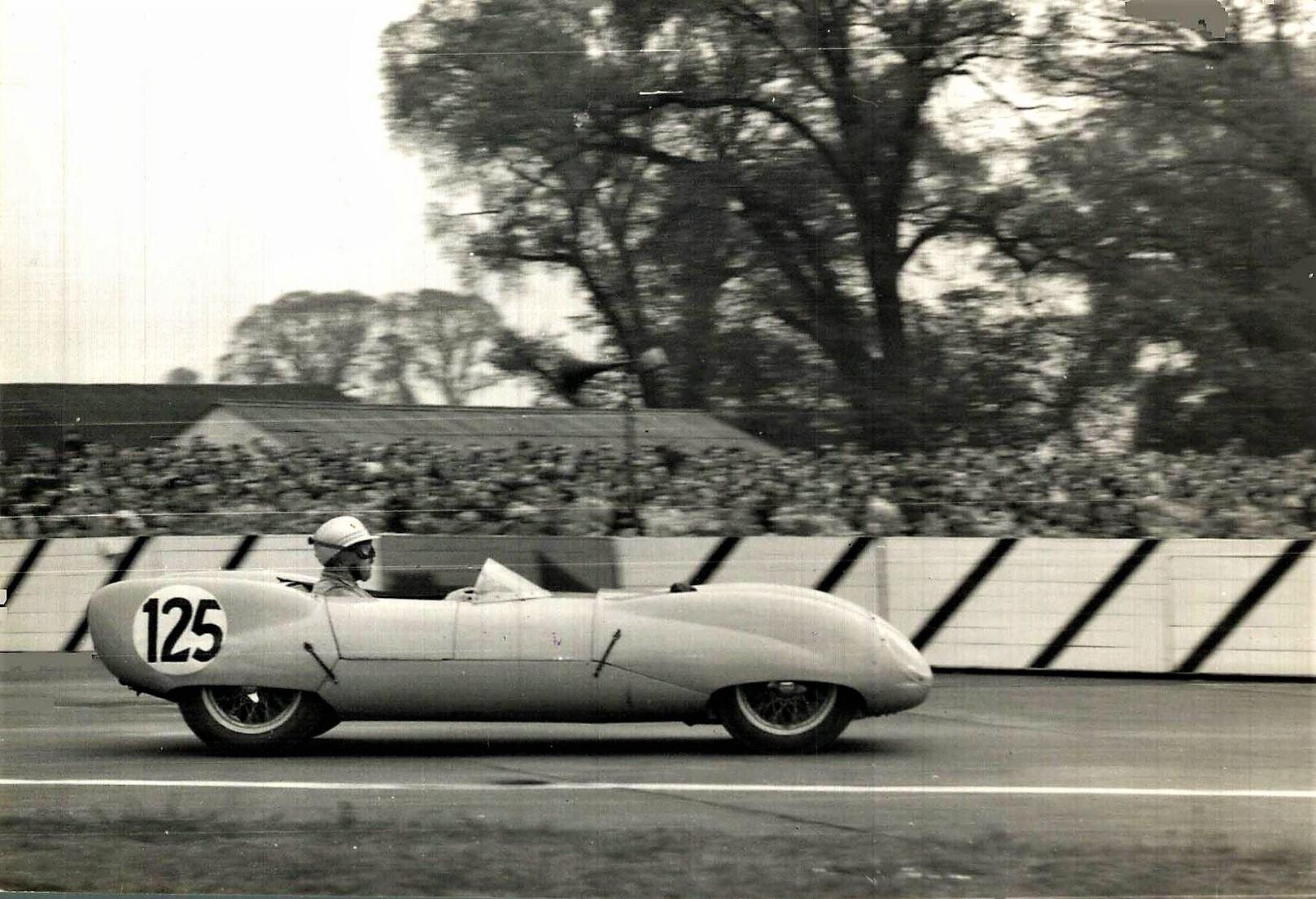 Classic-Racing-car-(18)