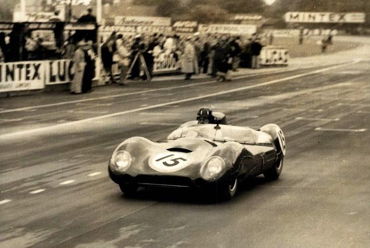 Classic-Racing-car-(4)