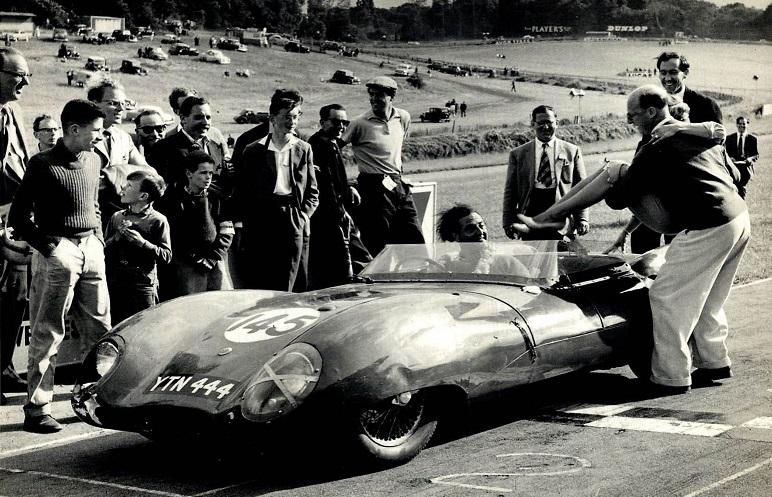 Classic-Racing-car-(8)