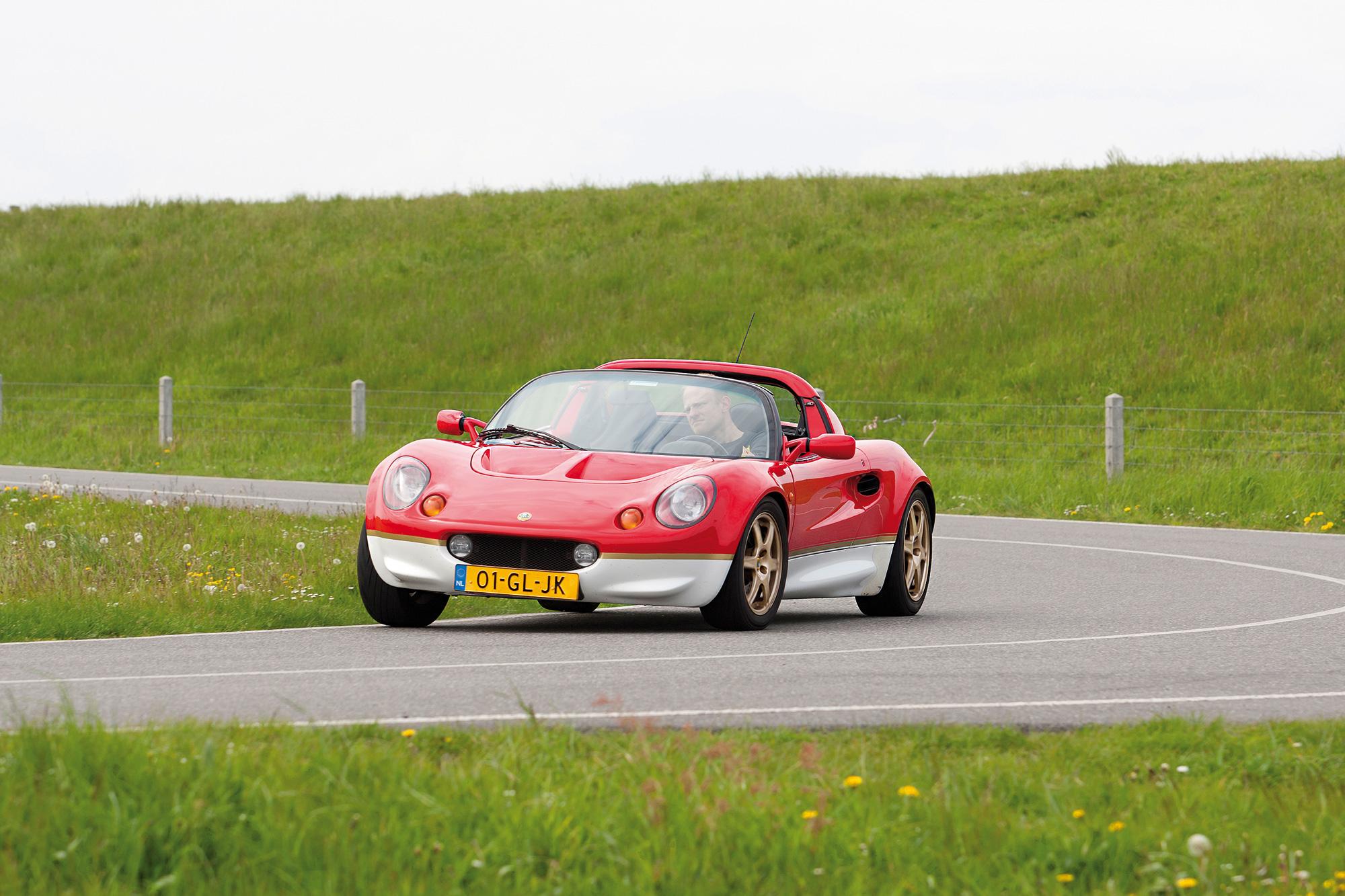 Lotus-Elise-S1-voorkant