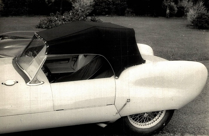 Lotus-privat-car-(1)