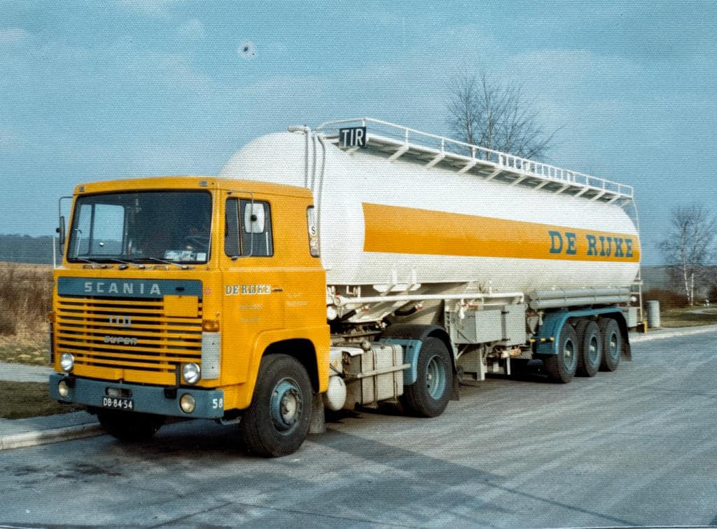 Hugo-Biesheuvel-met-de-Scania--van-Cor-Winkelman-1973-spoedrit-zuid-Duitsland