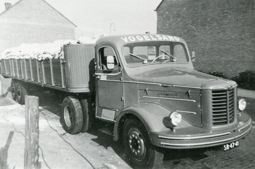 Kromhout-360-zakken--meel-voor-Bolletje-zelf-laden-en-lossen-