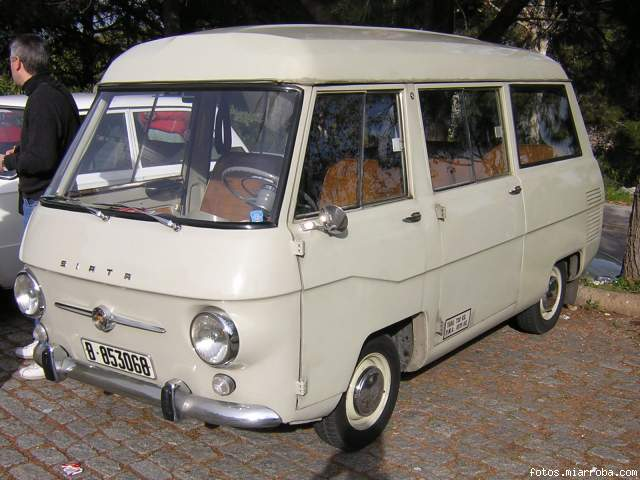 Seat-Siata-Minivan