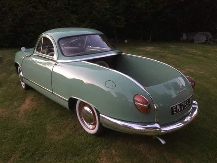 Panhard-Dyba-1953-1959-4-deurs-nu-een-schuifbed--(3)