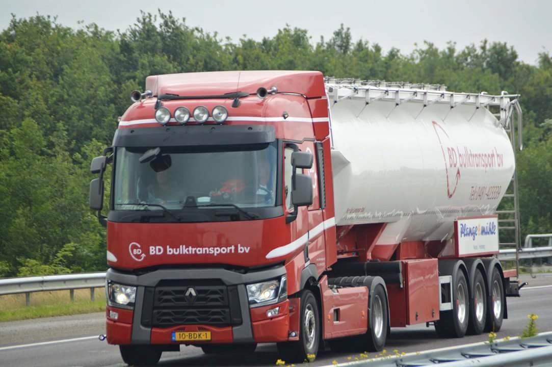 z-Renault-T