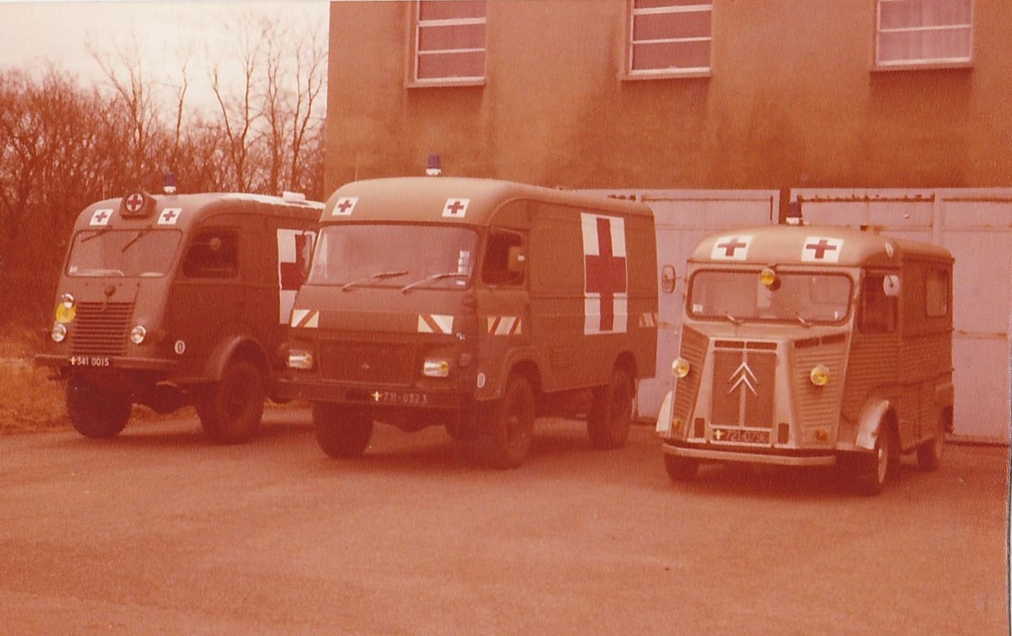 Renault-4X4-R2087-Saviem-4X4-TP3--Citroen-HY