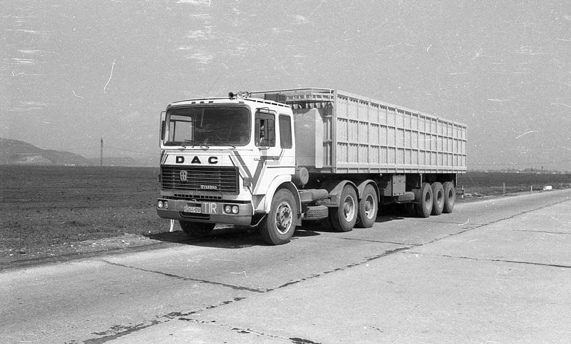 DAC-Diesel-Auto-Camion-32-320-DFS-(3)