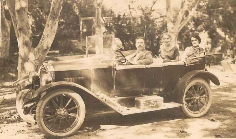 Peugeot-163
