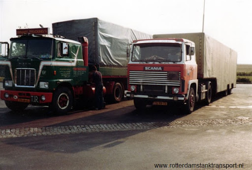Scania-met-dieplader-kastenwagen