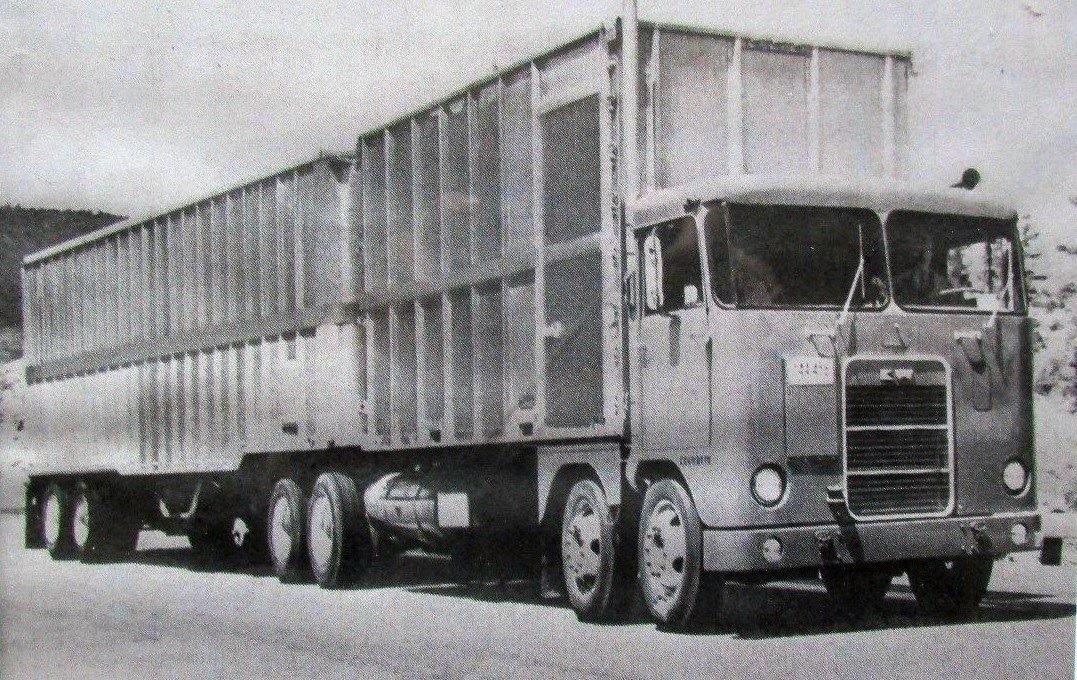 Kenworth-Cab-1956-Manel-Maseras-12