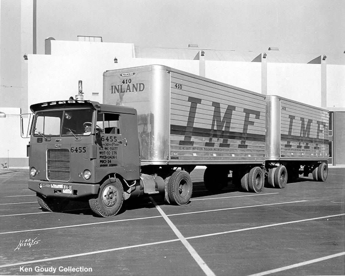 Kenworth-Cab-1956-Manel-Maseras-13