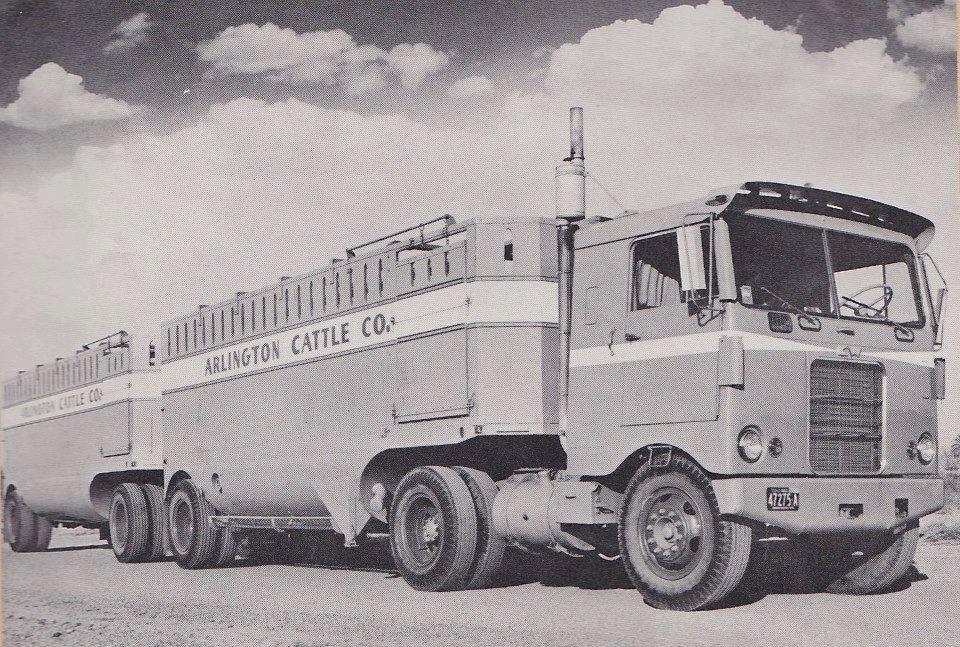 Kenworth-Cab-1956-Manel-Maseras-14