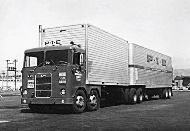 Kenworth-Cab-1956-Manel-Maseras-4