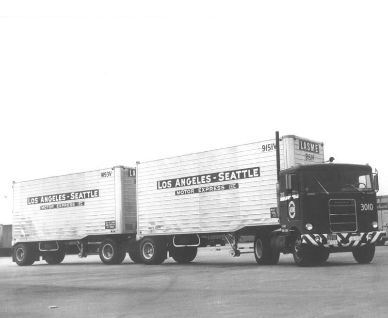 Kenworth-Cab-1956-Manel-Maseras-9