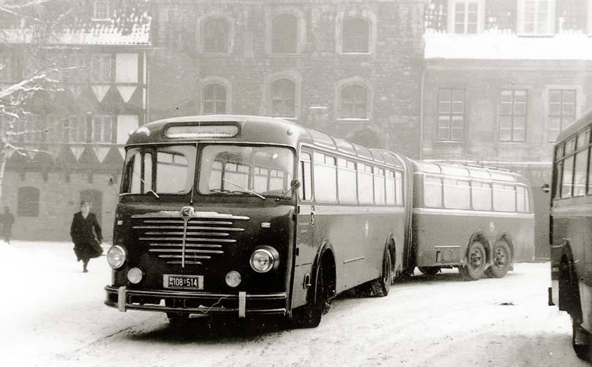 1955-Bussing-Emmelmann-Gelenkbus-1955[1]
