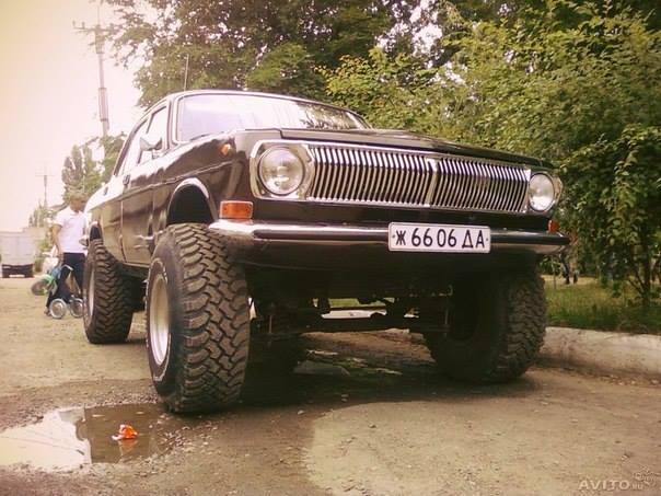 GAZ_24-Volga-Carrosserie-4X4-2[1]