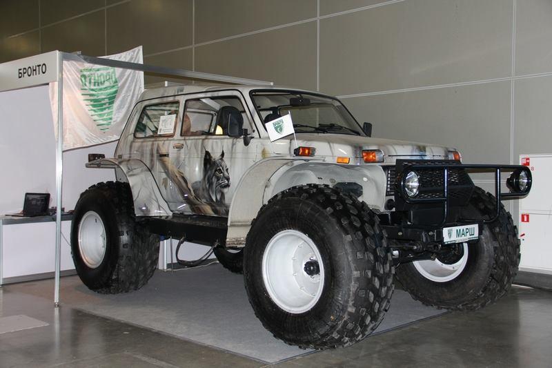 LADA-Marsh-4x4-Amphibious-Truck[1]