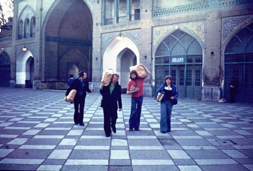 Jon-Honnef-met-Daf-naar-Iran-120