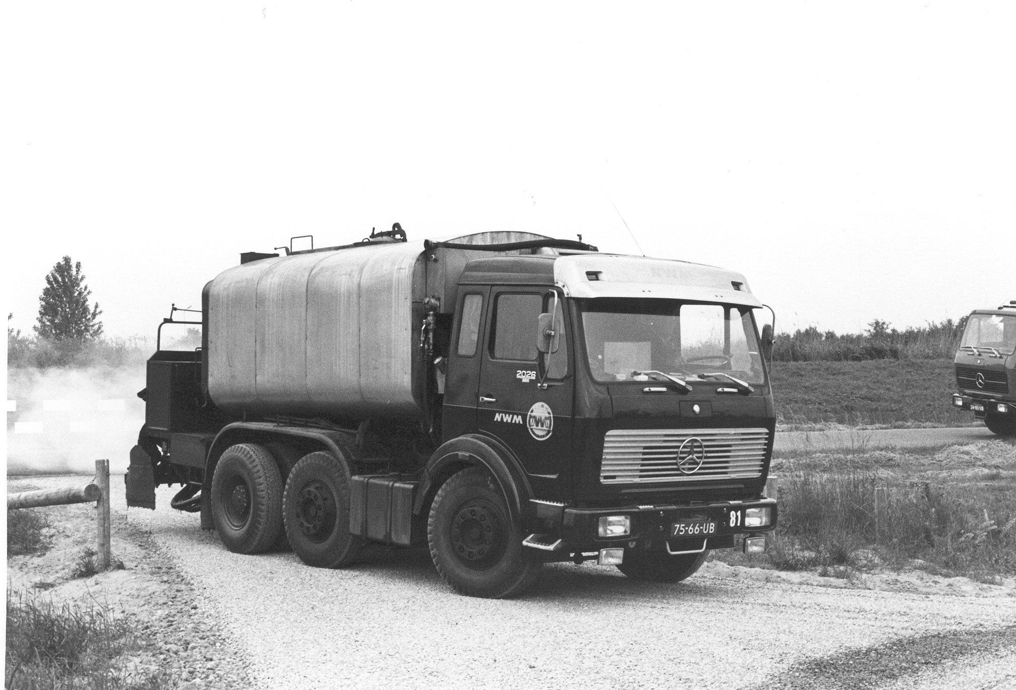 M81-04